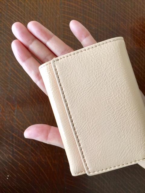 e172c540397e プチバッグに余裕で入る 小さいサイズの上質お財布【BECKERベッカー ...