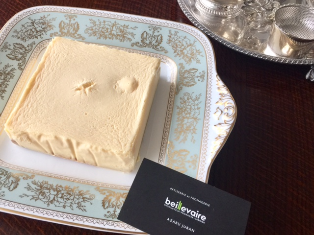 麻布十番〈bellebaire ベイユヴェール〉ベークドなのにレアみたいなチーズケーキ