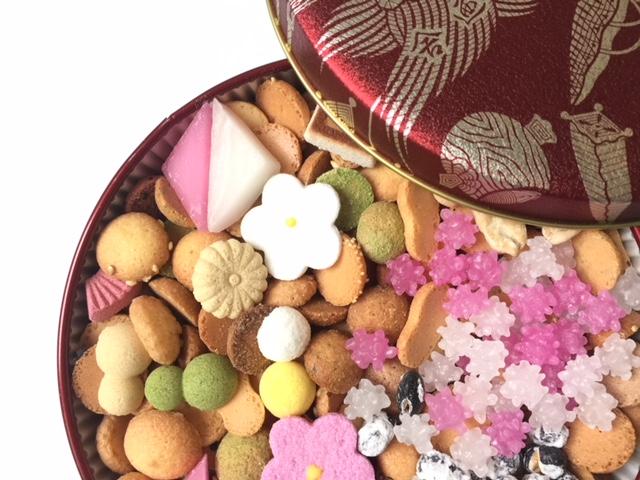 お祝い事のお菓子にぴったり♪銀座菊廼舎(きくのや)冨貴寄ふきよせ赤丸缶