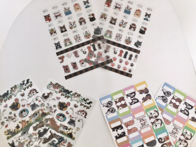 フェリシモ猫部の「猫まみれ手帳シール」をペタペタ貼って、2017年猫初め